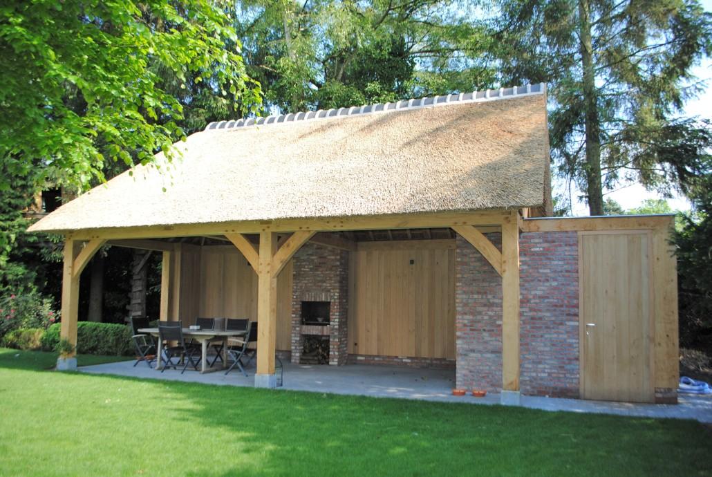 North ridge bvba rieten daken eiken bijgebouwen en buitenkeukens eiken bijgebouwen - Steen en constructie ...